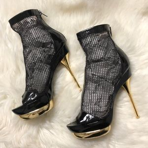 Shoes - Emilio Pucci Patent Leather fishnet booties